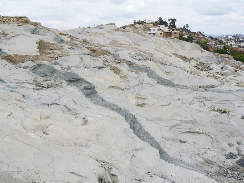 首都アンタナナリブの丘と石切場